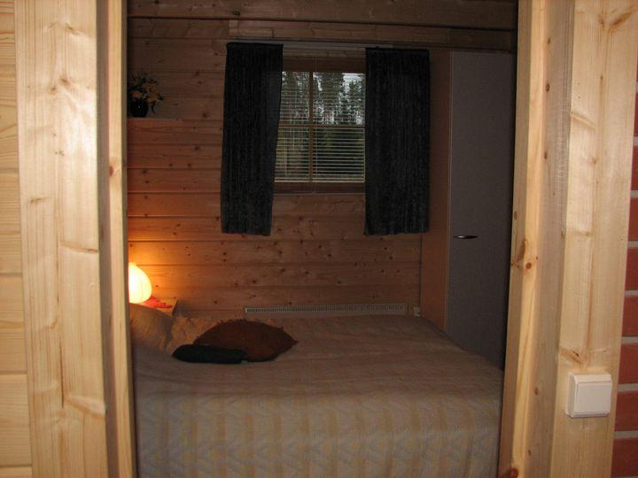 Makuuhuone 1 B 720